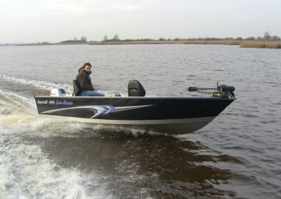 496 Lakehunter