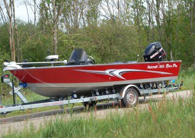 565 River Pro op trailer
